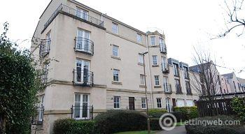 Property to rent in Huntingdon Place, Leith, Edinburgh                Available 4th July