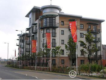 Property to rent in Constitution Place, Leith, Edinburgh               Available 12th May