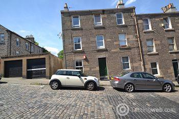 Property to rent in Newhaven Road, Edinburgh    Available 31st August