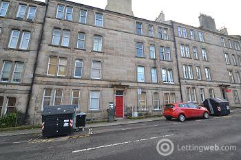 Property to rent in Comely Bank Row, Edinburgh                   Available 1st February