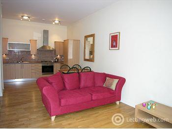 Property to rent in Hermand Crescent, Edinburgh     Available 11th April