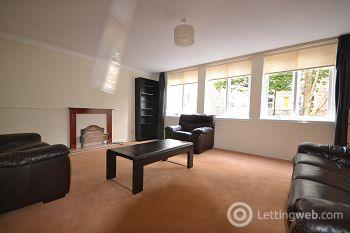 Property to rent in Bedford Court, Edinburgh              Available 23rd January