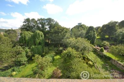 Property to rent in Royal Terrace              Available: 23rd September