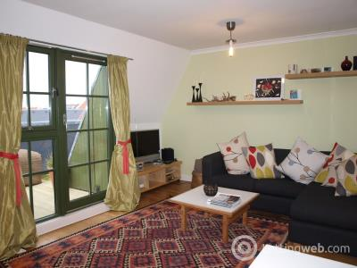Property to rent in Water Street, Edinburgh          Available 25th Spetember