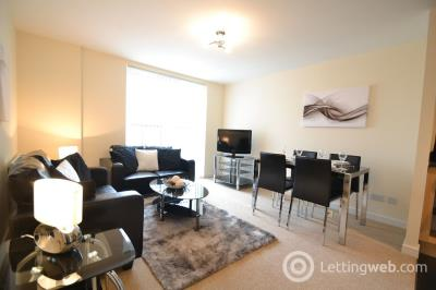 Property to rent in Waterfront Park, Edinburgh         Available: 17th October