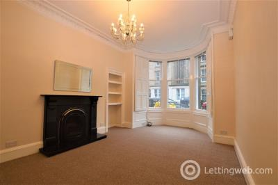 Property to rent in Comely Bank Place      Available: Now