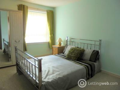 Property to rent in Stockethill Court, Aberdeen