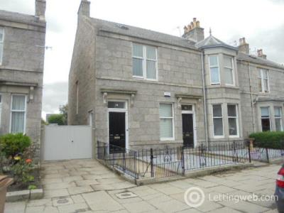 Property to rent in Burns Road Aberdeen