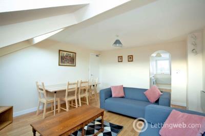 Property to rent in 124 Union Street, Top Floor, Aberdeen