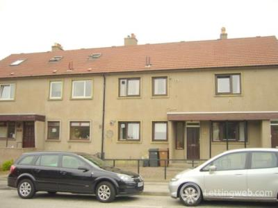 Property to rent in Craigievar Crescent Garthdee Aberdeen close to RGU and bus route to town