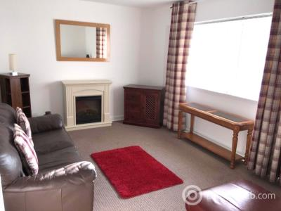 Property to rent in Denburn Court, Aberdeen