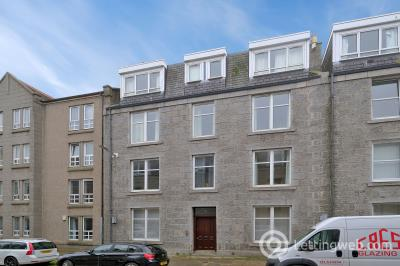 Property to rent in 27a Ashvale Place Aberdeen