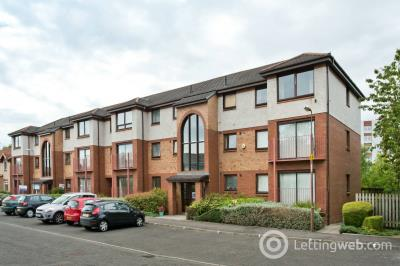 Property to rent in Carnbee Avenue, Edinburgh, EH16