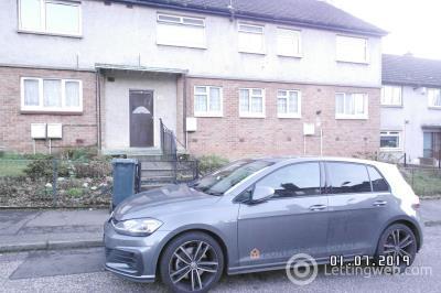 Property to rent in Alan Breck Gardens, Edinburgh, EH4