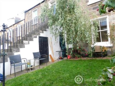 Property to rent in Waverley Place , Edinburgh, EH7