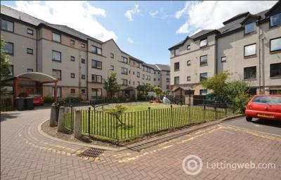 Property to rent in Hermits Croft, St Leonards, Edinburgh, EH8