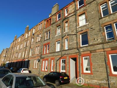 Property to rent in Hawthornvale, Newhaven, Edinburgh, EH6