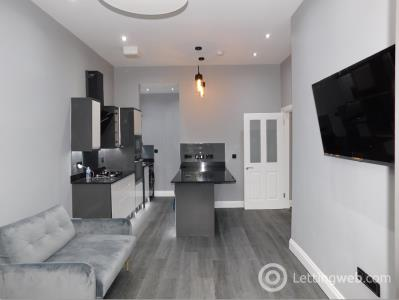 Property to rent in Crighton Place , Edinburgh, EH7
