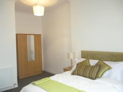 Property to rent in Trongate, Merchant City, Glasgow, G1 5EZ