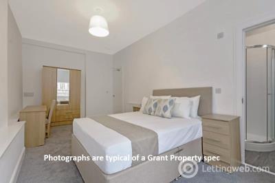 Property to rent in Ruskin Place, Kelvinbridge, Glasgow, G12 8DZ