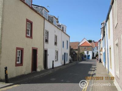 Property to rent in West Street, Fife