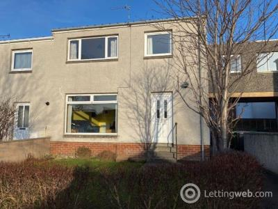 Property to rent in Fraser Avenue