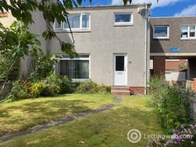Property to rent in Forrest Street