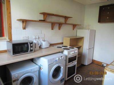 Property to rent in Kintore Place