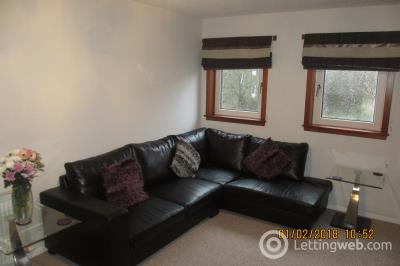 Property to rent in Park Street