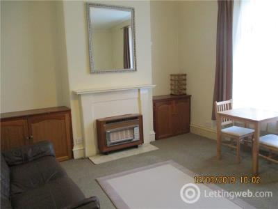 Property to rent in Hartington Road 2080