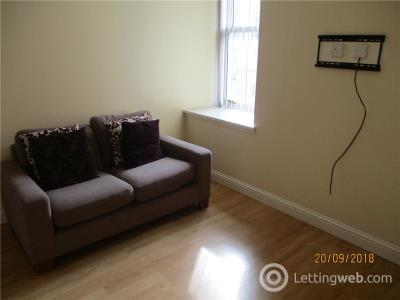Property to rent in Stirling Street