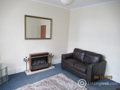 Property to rent in Victoria Road 1517