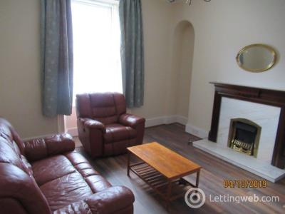 Property to rent in Crown Street 2307