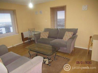 Property to rent in Thistle Court 2268