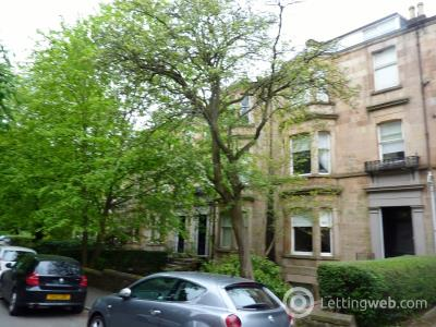 Property to rent in Camphill Avenue