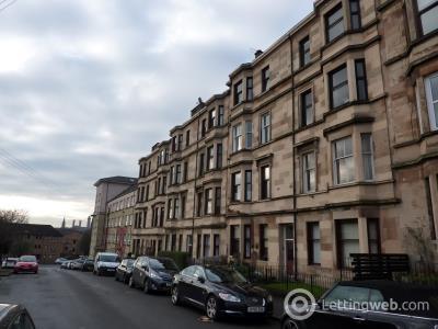 Property to rent in Kirkland Street