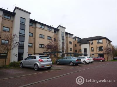 Property to rent in Beith Street