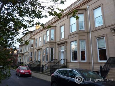 Property to rent in Queens Gardens
