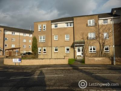 Property to rent in Whitelaw Gardens