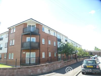 Property to rent in Raploch Avenue