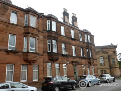 Property to rent in Algie Street