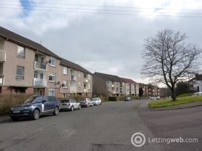Property to rent in Balcarres Avenue