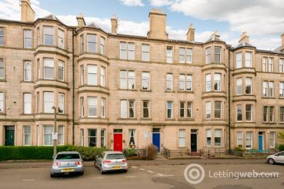Property to rent in Comely Bank Street