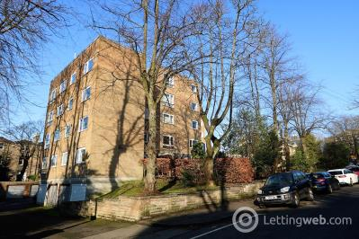 Property to rent in Sydenham Road, G12 9NR