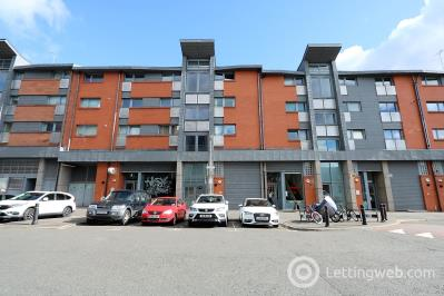 Property to rent in Keith Street