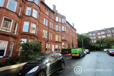 Property to rent in Underwood Street, G41 3EP
