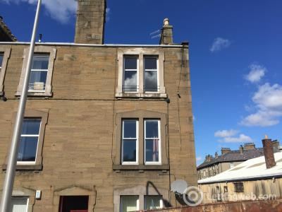 Property to rent in 79E Church Street Broughty Ferry