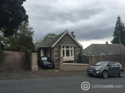 Property to rent in Glamis Road Dundee