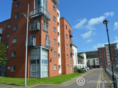 Property to rent in Thorter Row, City Quay, Dundee