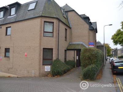 Property to rent in Roseangle, Dundee,